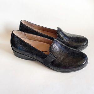 dansko addy crackle leather loafer
